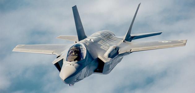 كم عدد الطائرات الحربية الأمريكية