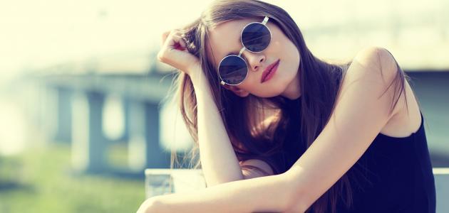 كيف تختار النظارة الشمسية المناسبة لشكل وجهك