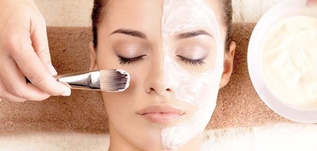 ما هو أفضل كريم طبيعي لتبييض الوجه