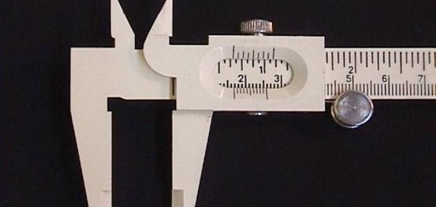 أدوات القياس الميكانيكية