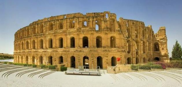 وصف عن تونس الجميلة موضوع