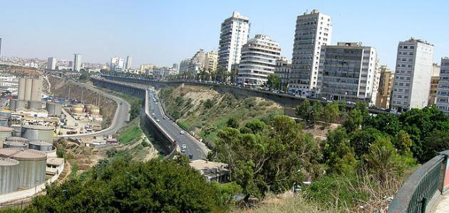 وصف مدينة وهران بالعربية