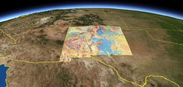 ما العلم الذي يدرس تكوين القشرة الأرضية