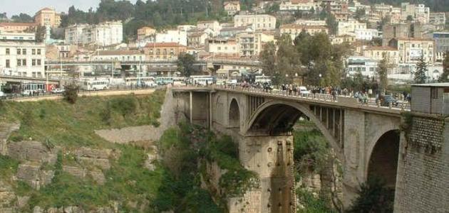 وصف لمدينة قسنطينة