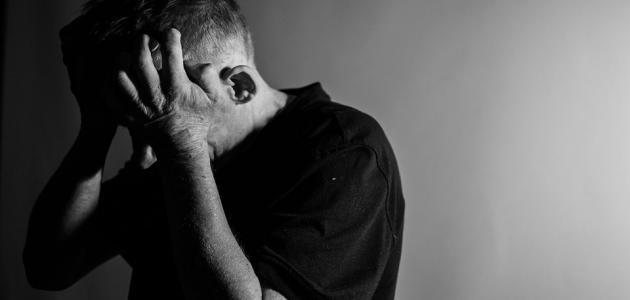 هل قصور الغدة يسبب الاكتئاب