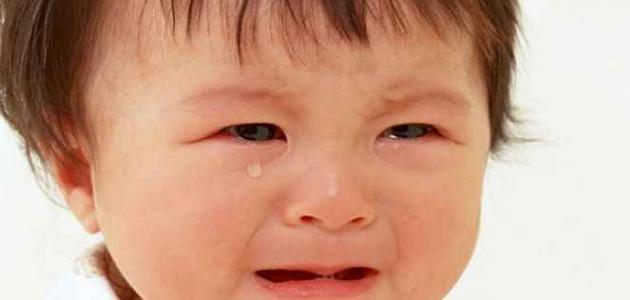 فوائد البكاء وأضراره