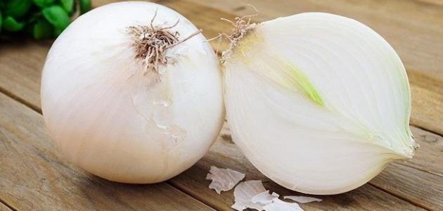 فوائد البصل الأبيض للرجيم