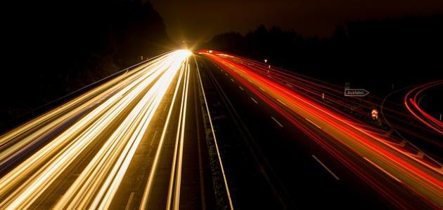 قانون سرعة الضوء
