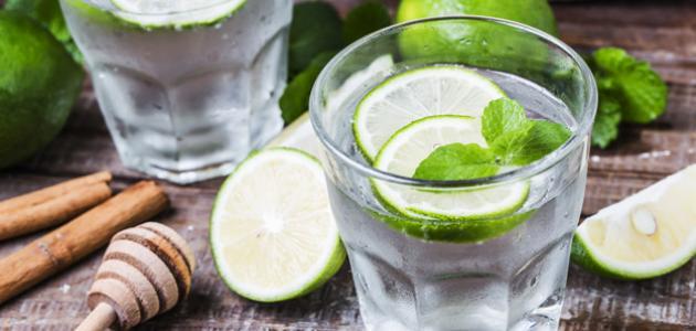 طريقة عمل عصير الليمون بالنعناع المثلج