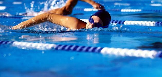 ما هي فوائد رياضة السباحة