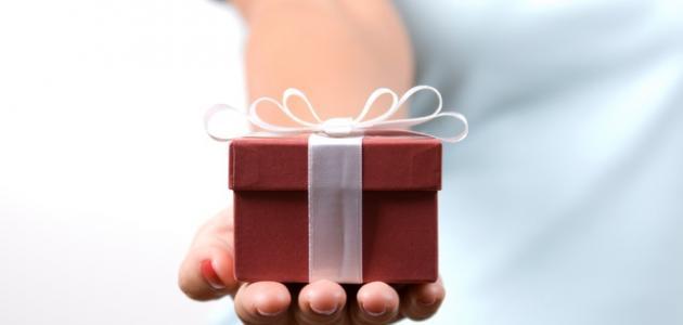 الهدية قلوب الصغار