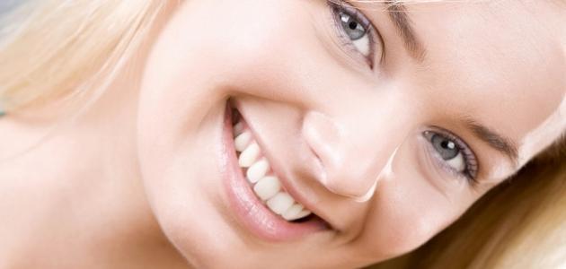 علاج آثار حب الشباب طبيعياً