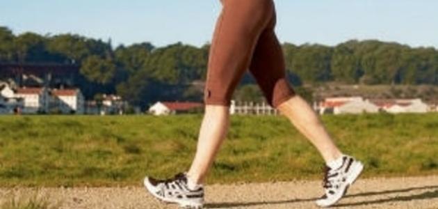 ما فوائد المشي السريع