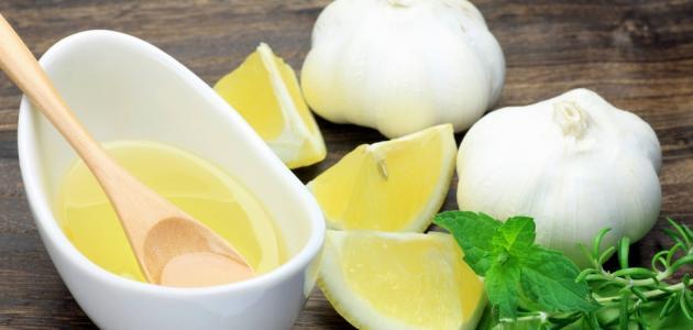 كيفية عمل عصير الليمون للبشرة