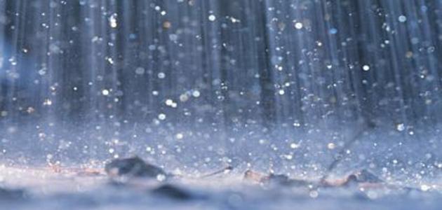 كيف تتشكل قطرات الماء