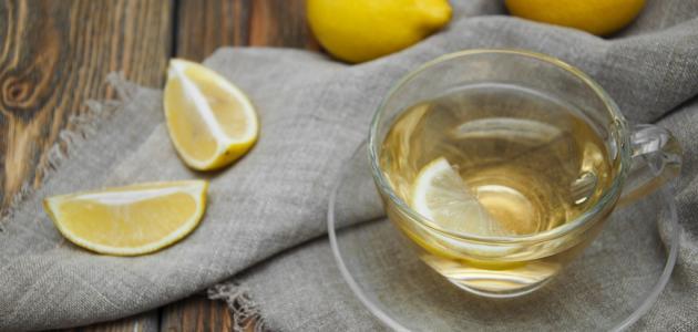 فوائد مذهلة لليمون مع الماء الدافئ