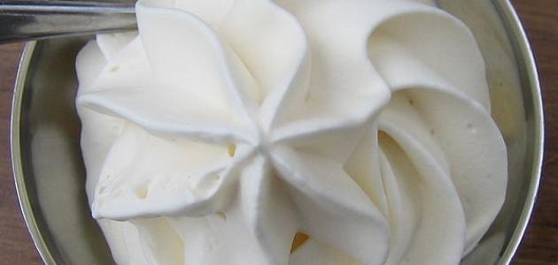 صنع الكريمة البيضاء