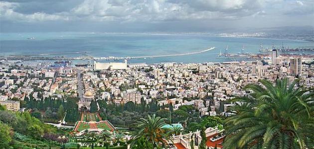 موضوع عن مدينة فلسطينية تقع على شاطئ البحر