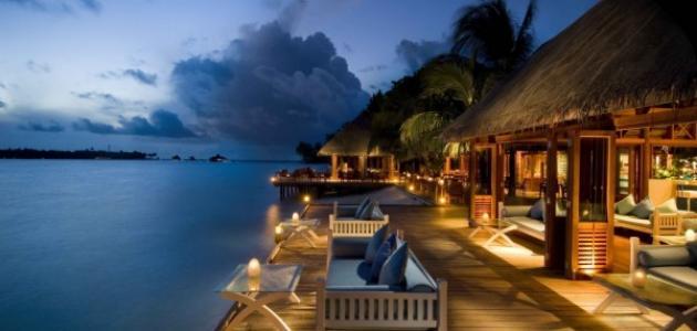 موضوع عن جزر المالديف