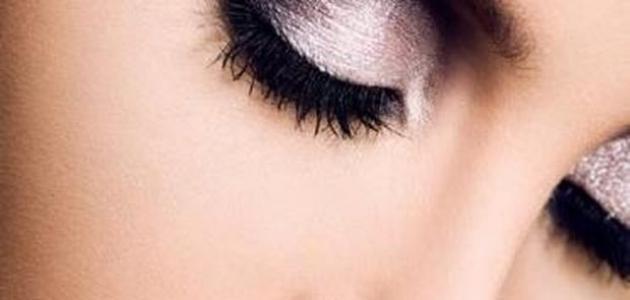 طرق وضع ظلال العيون