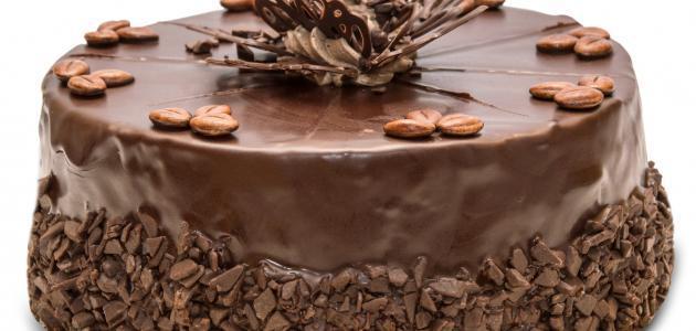 طريقة تزيين تورتة الشوكولاتة