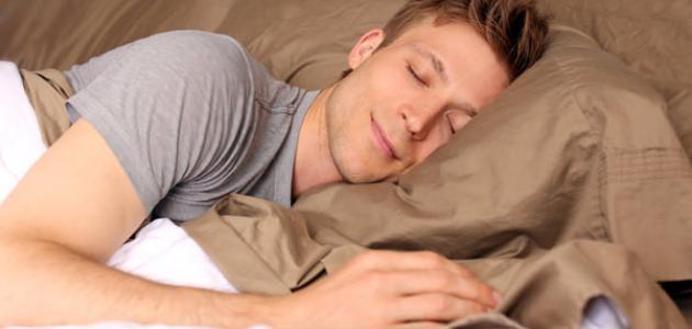 عدد ساعات النوم الصحي للبالغين