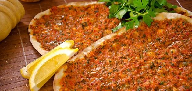 طريقة لحم بعجين السوري