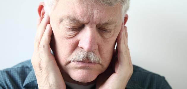 ما علاج طنين الأذن