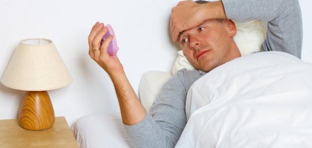 هل قلة النوم تسبب الدوخة