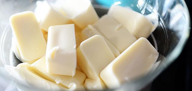 طريقة تذويب الشوكولاتة البيضاء