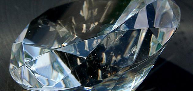 ما مصدر معدن الماس
