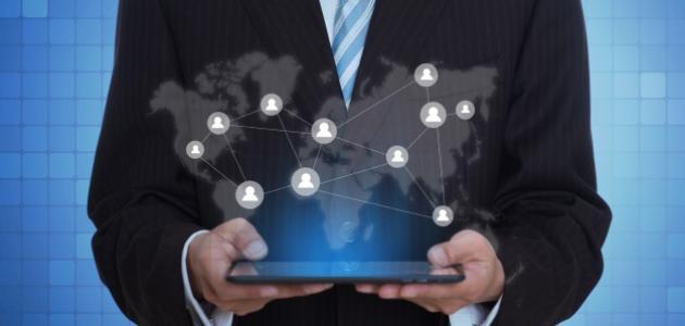 بحث عن الثورة المعلوماتية والعلاقات الإنسانية