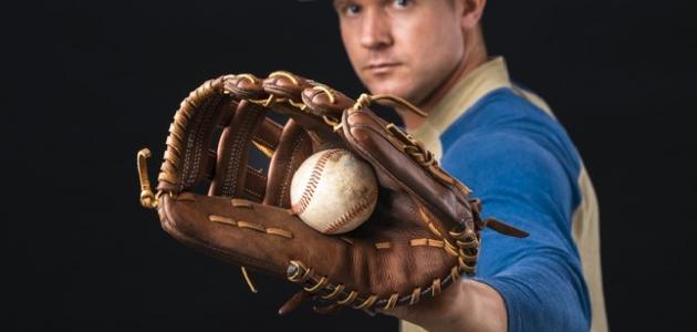 قوانين لعبة البيسبول