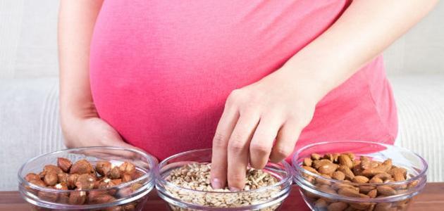 المحافظة على الحمل في الشهور الأولى