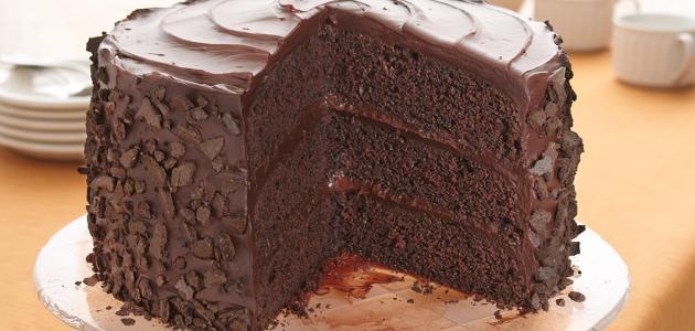 تزيين الكيك بالشوكولاتة