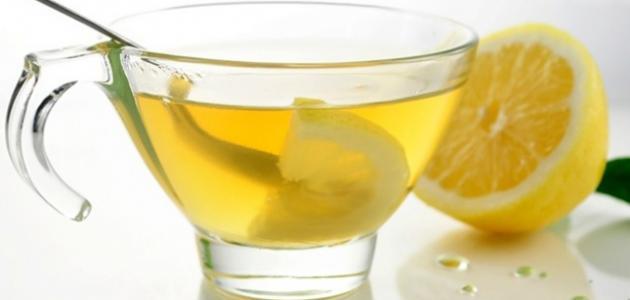 فوائد شرب الماء والليمون قبل النوم