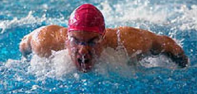 فوائد السباحة لشد الجسم