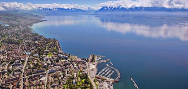 مدينة لوزان في سويسرا