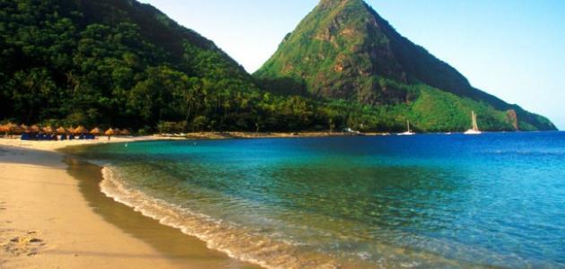 جغرافية دولة دومينيكا