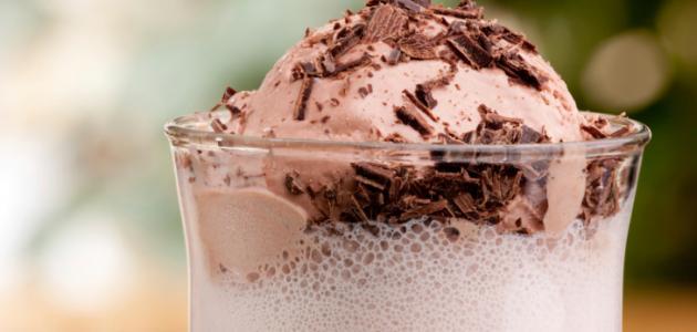 عمل ميلك شيك شوكولاتة