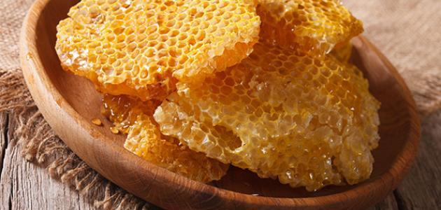 فوائد شمع العسل الطبيعي