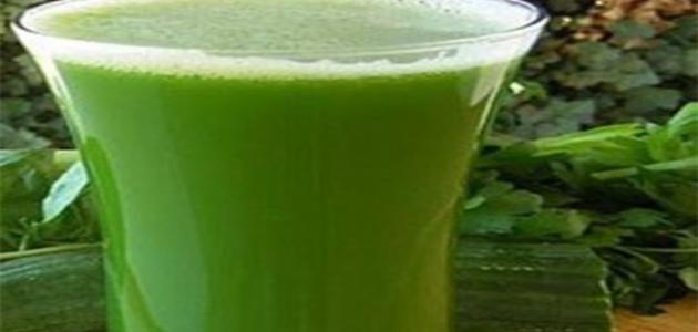 فوائد عصير البقدونس للبشرة
