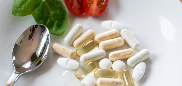 ما هي أعراض نقص الفيتامينات في الجسم
