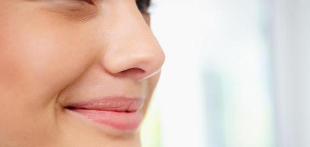 كيفية إزالة دهون الوجه