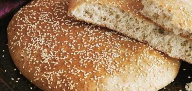 طريقة عمل خبز بدقيق الذرة