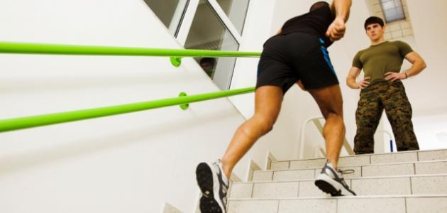 فوائد صعود الدرج لإنقاص الوزن