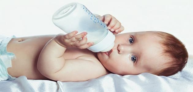 كيف اغير حليب طفلي