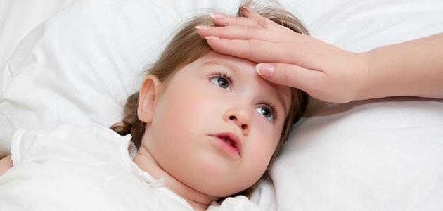 علاج ارتفاع درجة حرارة الجسم عند الأطفال