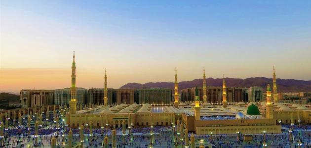 كم عدد أبواب المسجد النبوي