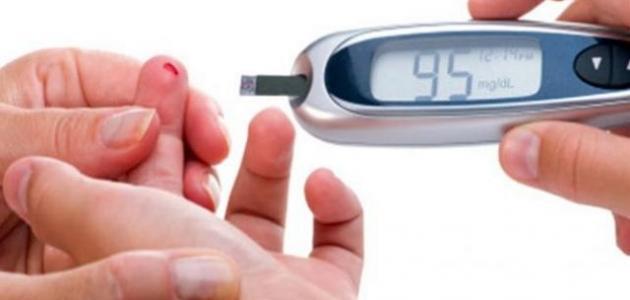 كيفية قياس نسبة السكر في الدم